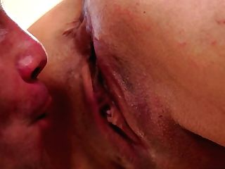 Mummy Does Oral Job For Hot Fuck Pal To Love