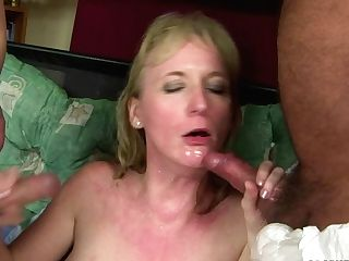 Mummy Bombshell With Big Hooters Kills Time Deepthroating Dude's Pulsating Man Meat