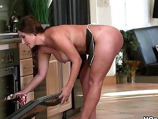 Greatest Superstar Levi Cash In Amazing Big Butt, Facial Cumshot Porno Movie