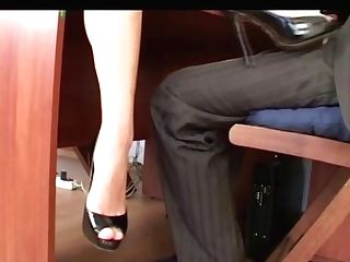 Submissive Used By A Stunning Mistress