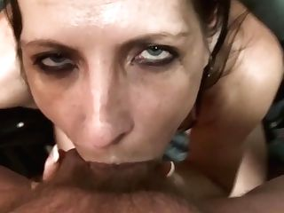 Tramp Wifey Gets Filthy Face Fuck