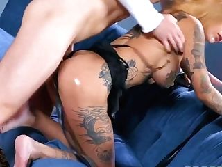 Inked Pornography Female Surprises Cocky Weirdo - Bonnie Rotten And Markus Dupree