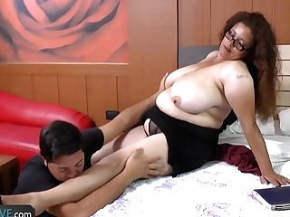 Agedlove - Granny Rosaly Getting Spied From Stranger