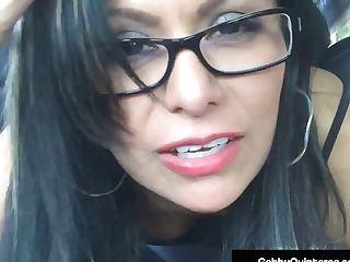 Sperm Thirsty Mexi Mummy Gabby Quinteros Blows Knob In Car!