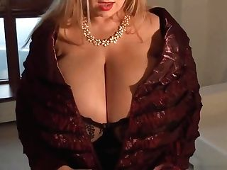 Big Tits Mummy Blonde