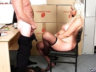 Silver Advisor Was Glad To Fuck Adele Aspen In Her Mouth