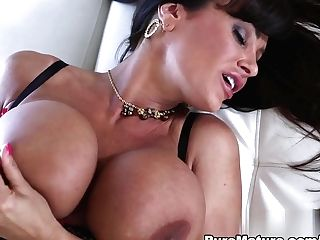 Amazing Superstar Lisa Ann In Exotic Mummy, Big Rump Xxx Movie