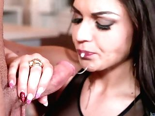 Eye-catching Brown-haired Marta La Croft Gets Laid And Takes Popshots On Big Cupcakes