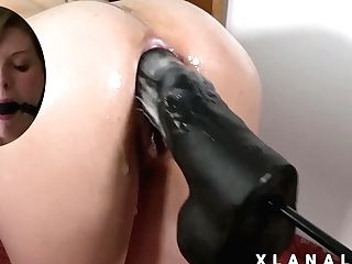 Wifey's Bum Wrecked By A Giant Assfuck Sex Bot