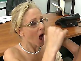 Julia Ann With Succulent Tits And Hairless Muff Has Fuck-fest Practice Of Her Lifetime With Hard Cocked Dude Rocco Reed