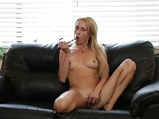Long-legged Blonde Misha Mynx Is Playing Her Nasty And Insatiable Cunny